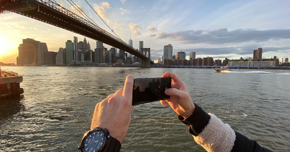 Samsung Galaxy S20 Ultra camera showdown: Powerful, with one serious flaw