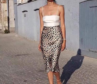 Soowalaoo High-Waisted Leopard Midi Skirt