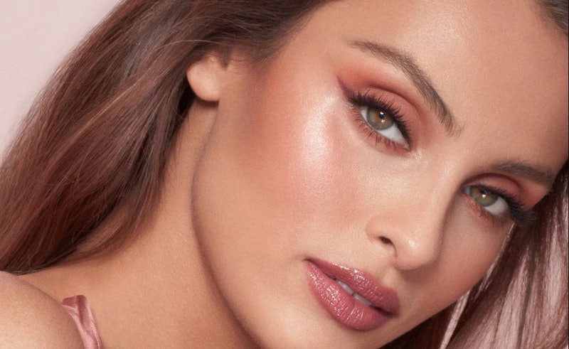 Charlotte Tilbury's Beauty Light Wand now comes in the nude-pink Pillow Talk shade