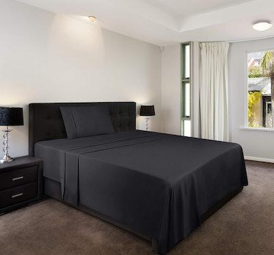 Utopia Bed Sheet Set