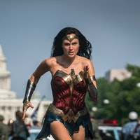 'Wonder Woman 1984' release date, delays, trailer, plot for the DCEU sequel