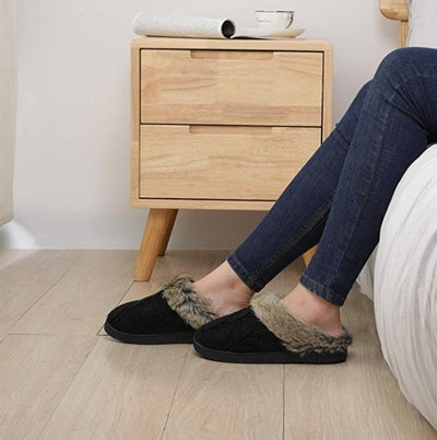 ULTRAIDEAS Knitted Slippers