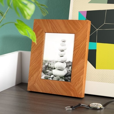 Winchell Picture Frame