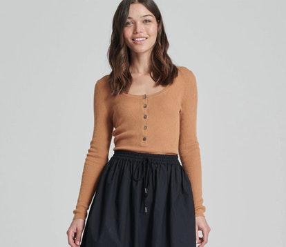 Ribbed Henley Toffee Brown