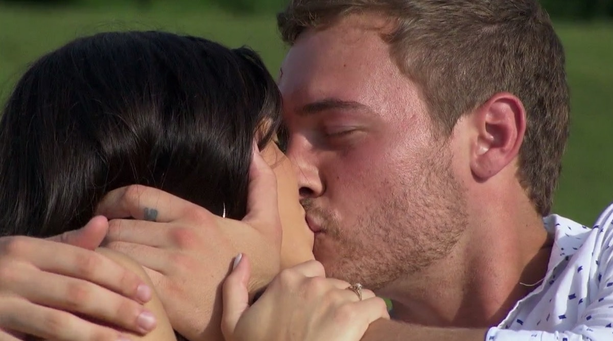 Peter Weber has a finger tattoo on 'The Bachelor'