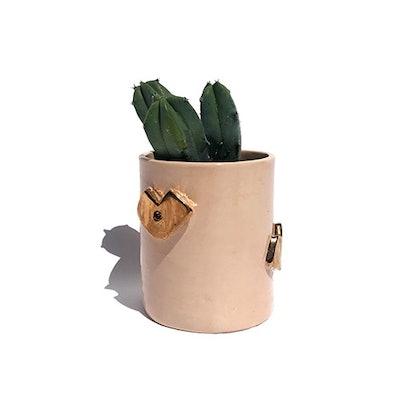Small Kiss Vase
