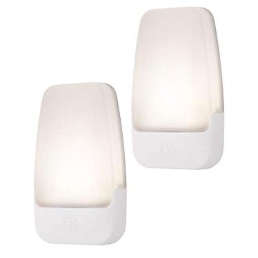 GE LED Dusk-to-Dawn Sensor Lights (2-Pack)