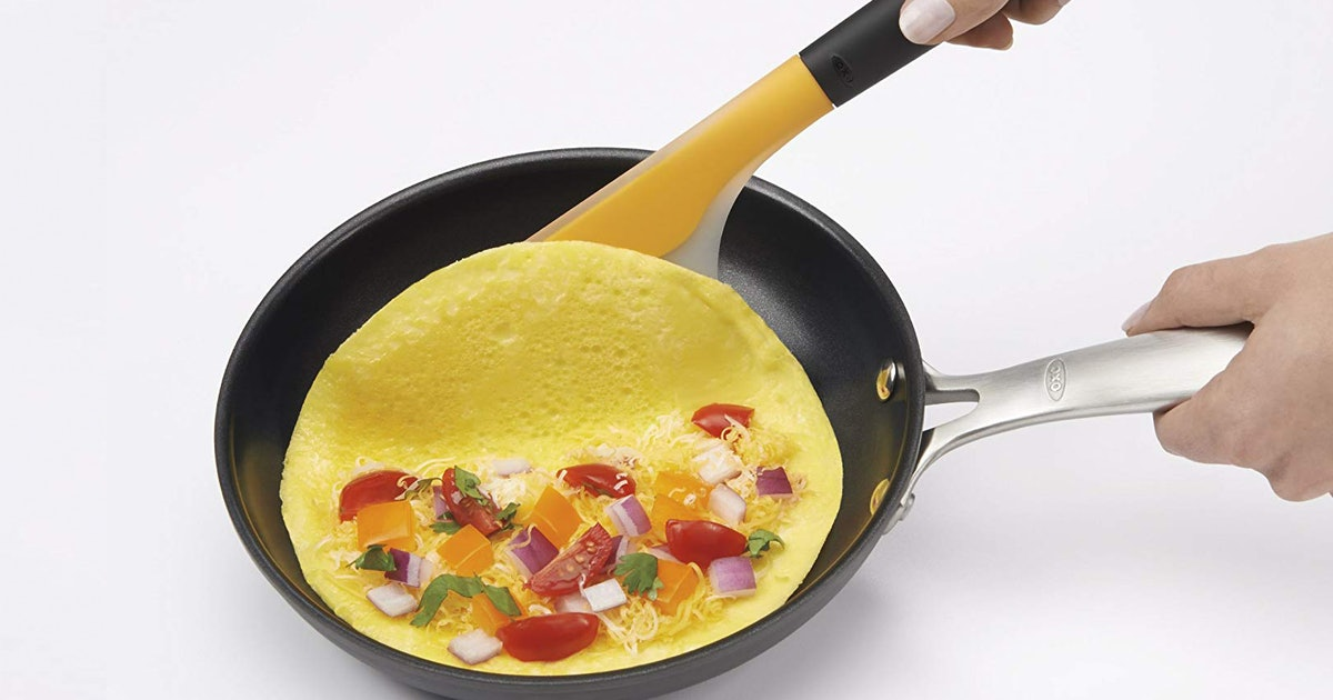 Omelette Lovers, These Are The Spatulas You Should Be Using For The Fluffiest Eggs