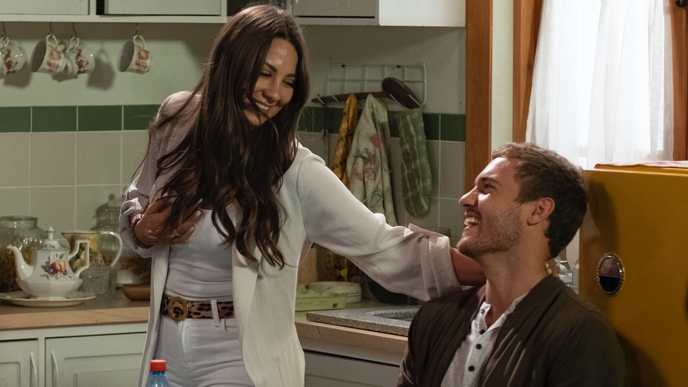 Kelley and Peter in The Bachelor