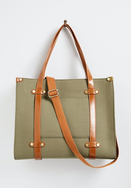 Camp Director Zipped Tote