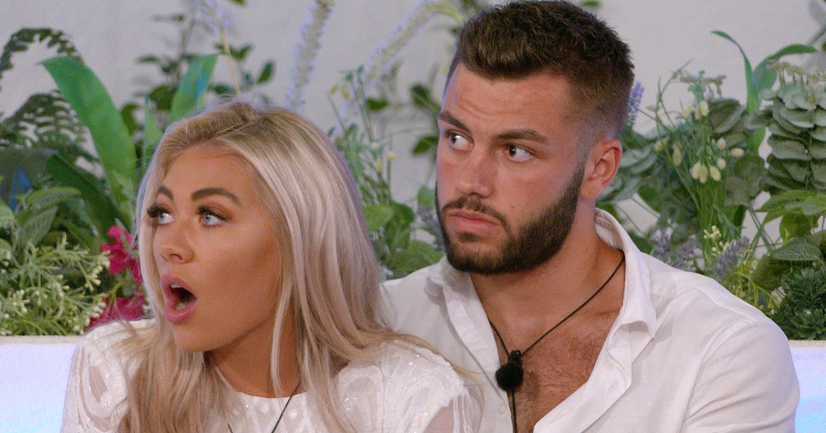 The Best Twitter Reactions To The Winter 'Love Island