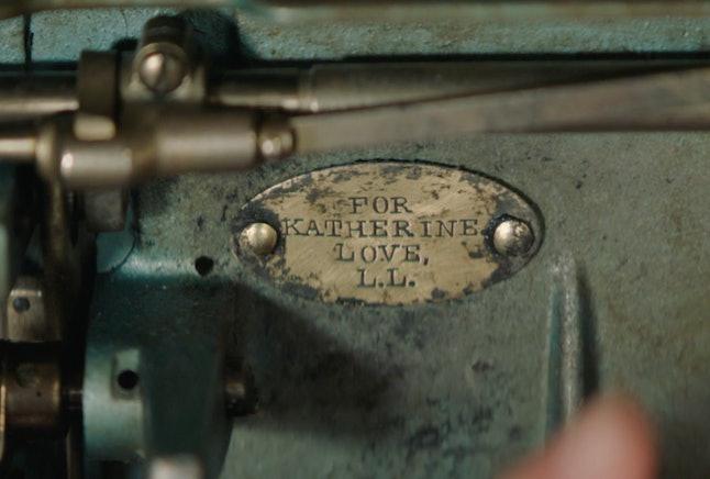 Katy Keene sewing machine