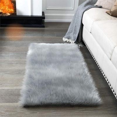 CIICOOL Faux Fur Area Rug