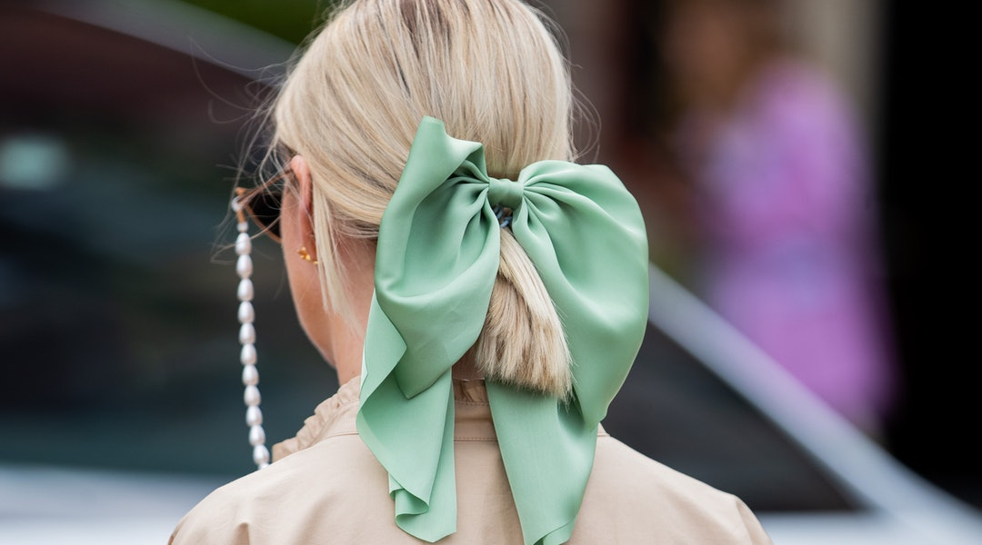 Three major spring 2020 hair accessory trends, according to Etsy.