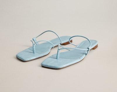 Flat Croc Sandal