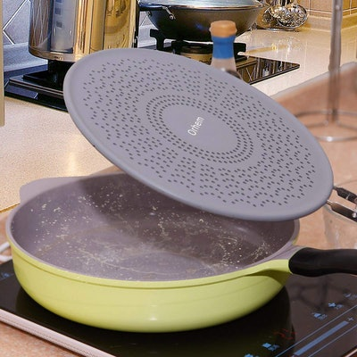 """11"""" Silicone Splatter Screen Pan Cover with Folding Handle"""