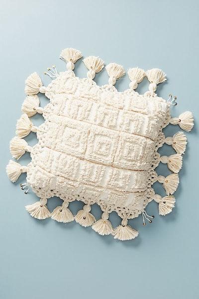 Tasseled Tero Pillow