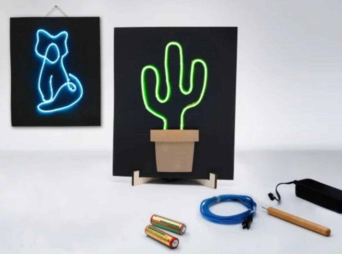 Light-Up Wire Art