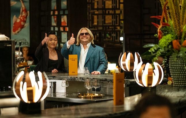Suzy Nakamura and Josh Gad in Avenue 5