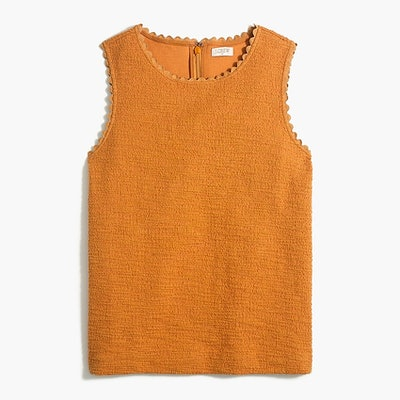 Textured tank top with scallop trim
