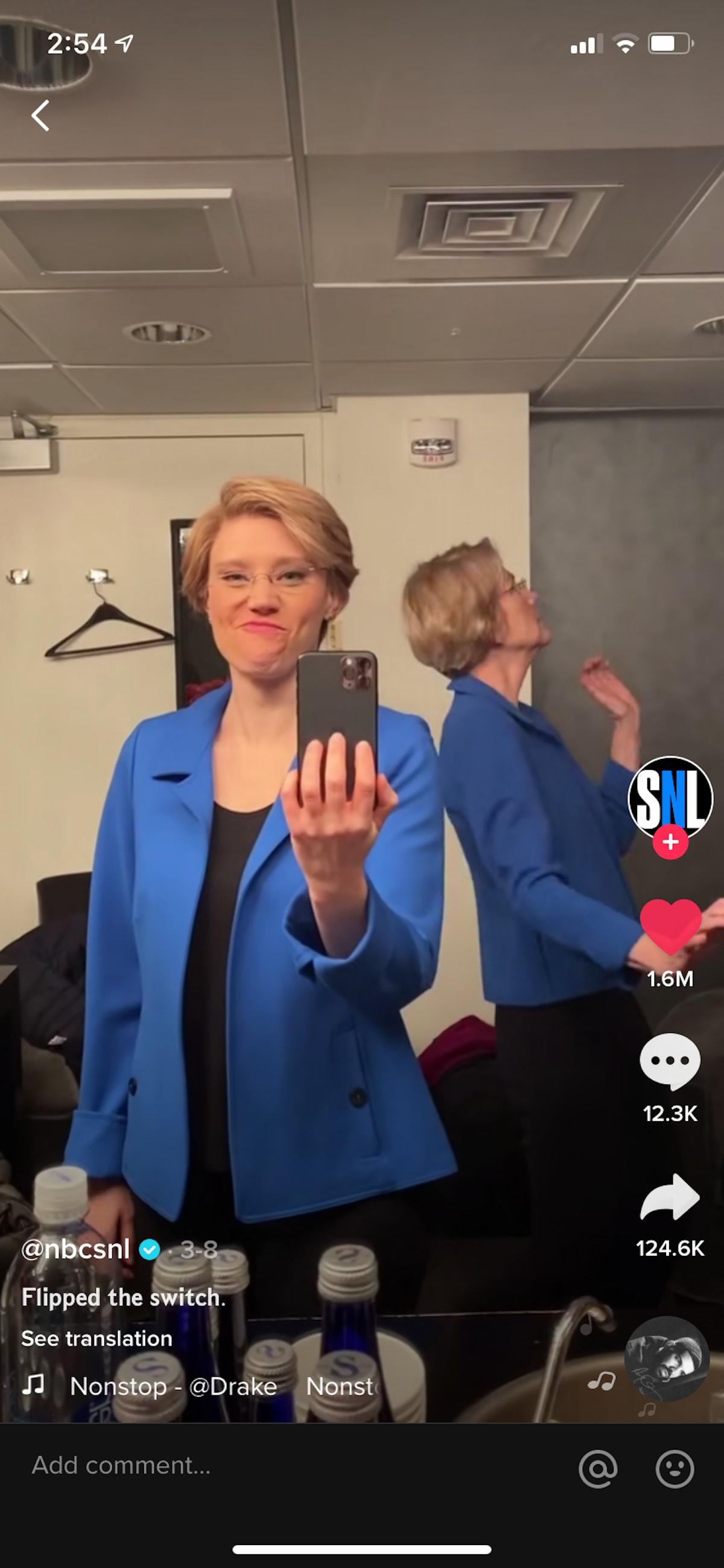 Elizabeth Warren and Kate McKinnon do the #FlipTheSwitch challenge from TikTok.