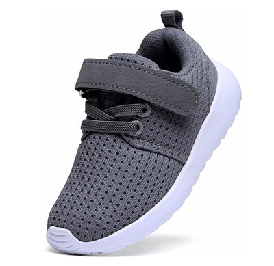 DADAWEN Lightweight Breathable Sneakers