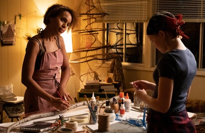 Mia (Kerry Washington) and Izzy in 'Little Fires Everywhere' Episode 4
