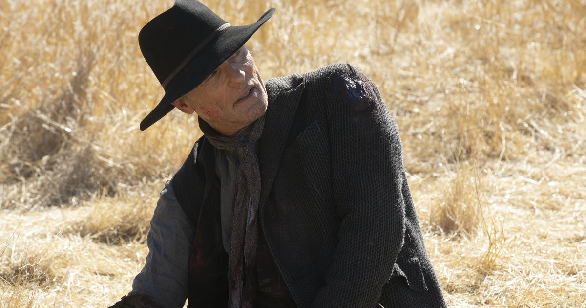 We Still Haven't Seen The Man In Black In 'Westworld' Season 3 & Fans Have Questions