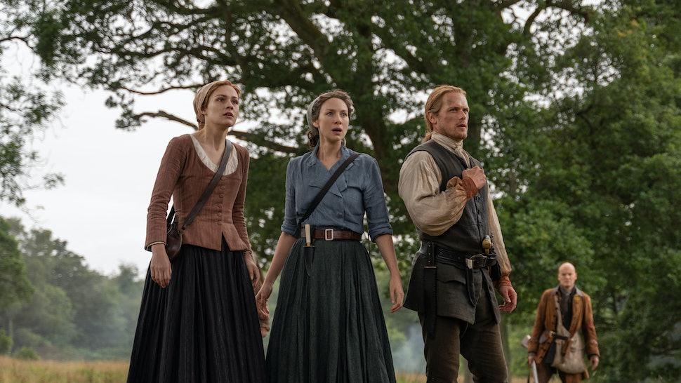 Sophie Skelton as Bree, Caitriona Balfe as Claire, and Sam Heughan as Jamie in Outlander
