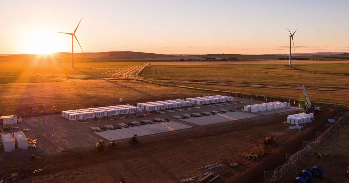Tesla details plan to build one of the biggest batteries in the world