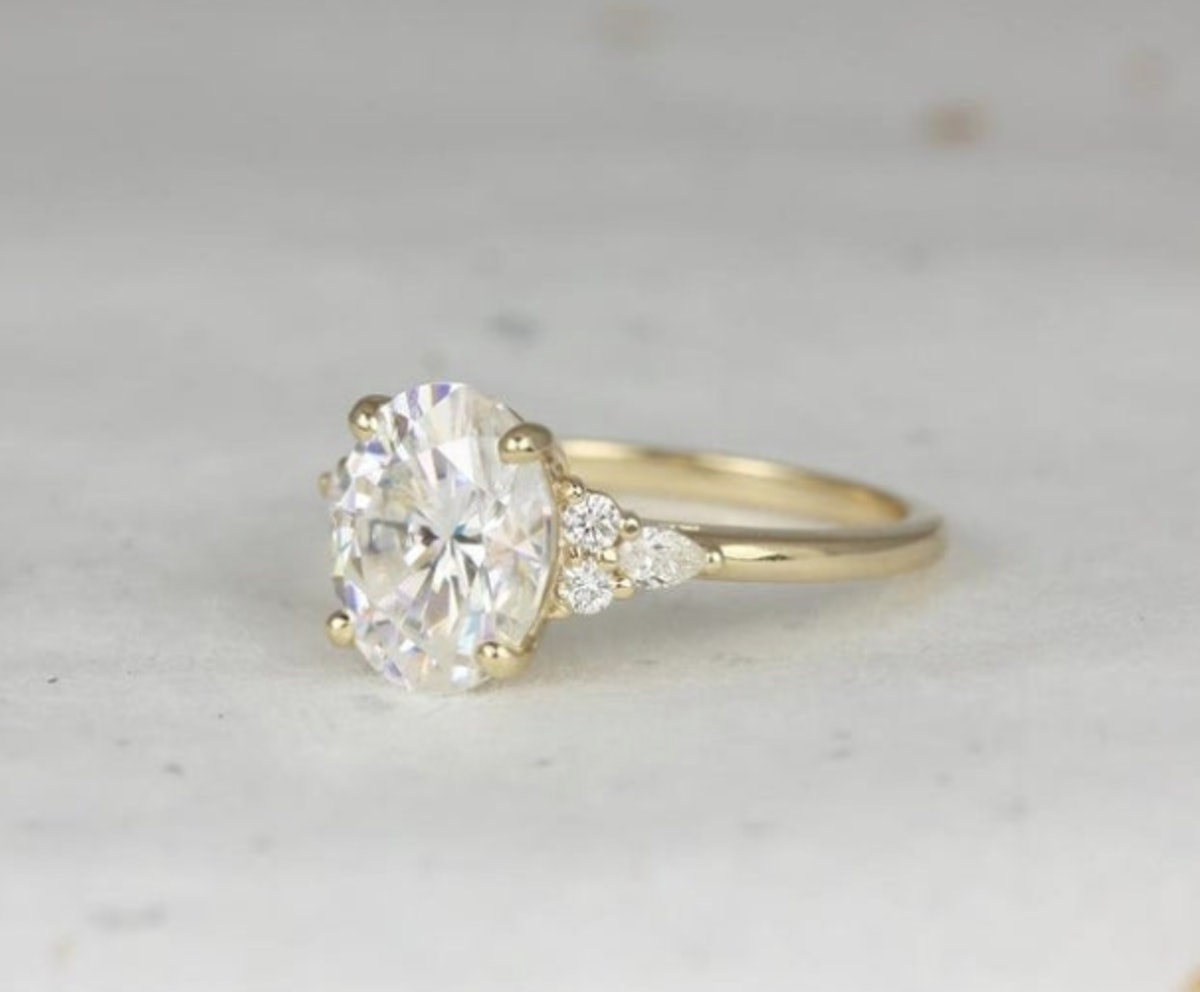 3cts Cinderella 10x8mm 14kt Gold Forever One Moissanite Diamonds Unique Dainty Cluster 3 Stone Oval ...