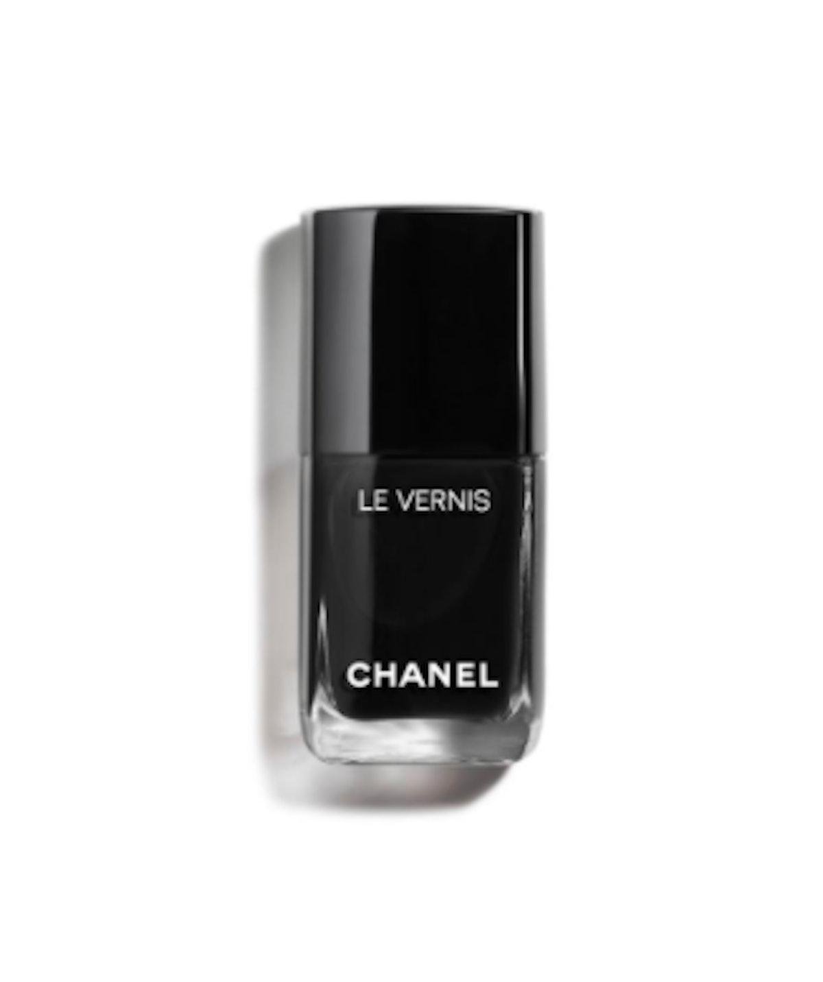 Le Vernis Longwear Nail Color in Pure Black