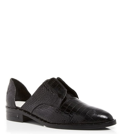 Wear Laceless D'orsay Oxford Shoes