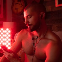 Red light therapy: The key to better sex or a total sham? We asked doctors and users.