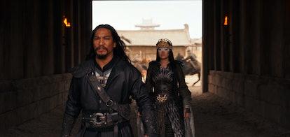 Jason Scott Lee and Gong Li in 'Mulan'