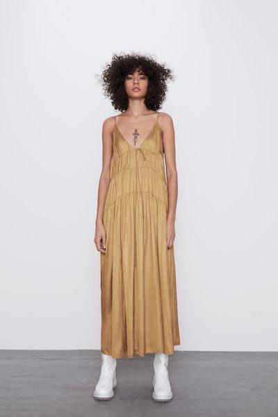 Voluminous Satin Effect Dress