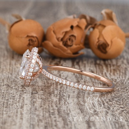 2ct Moissanite Ring Oval Cut Engagement Ring Rose Gold Wedding Ring Hidden Halo Moissanite Halo Engagement Ring Claw Prongs Stacking Ring