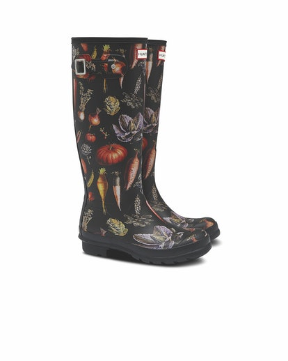 Beautiful black Wellington boots with a garden print.