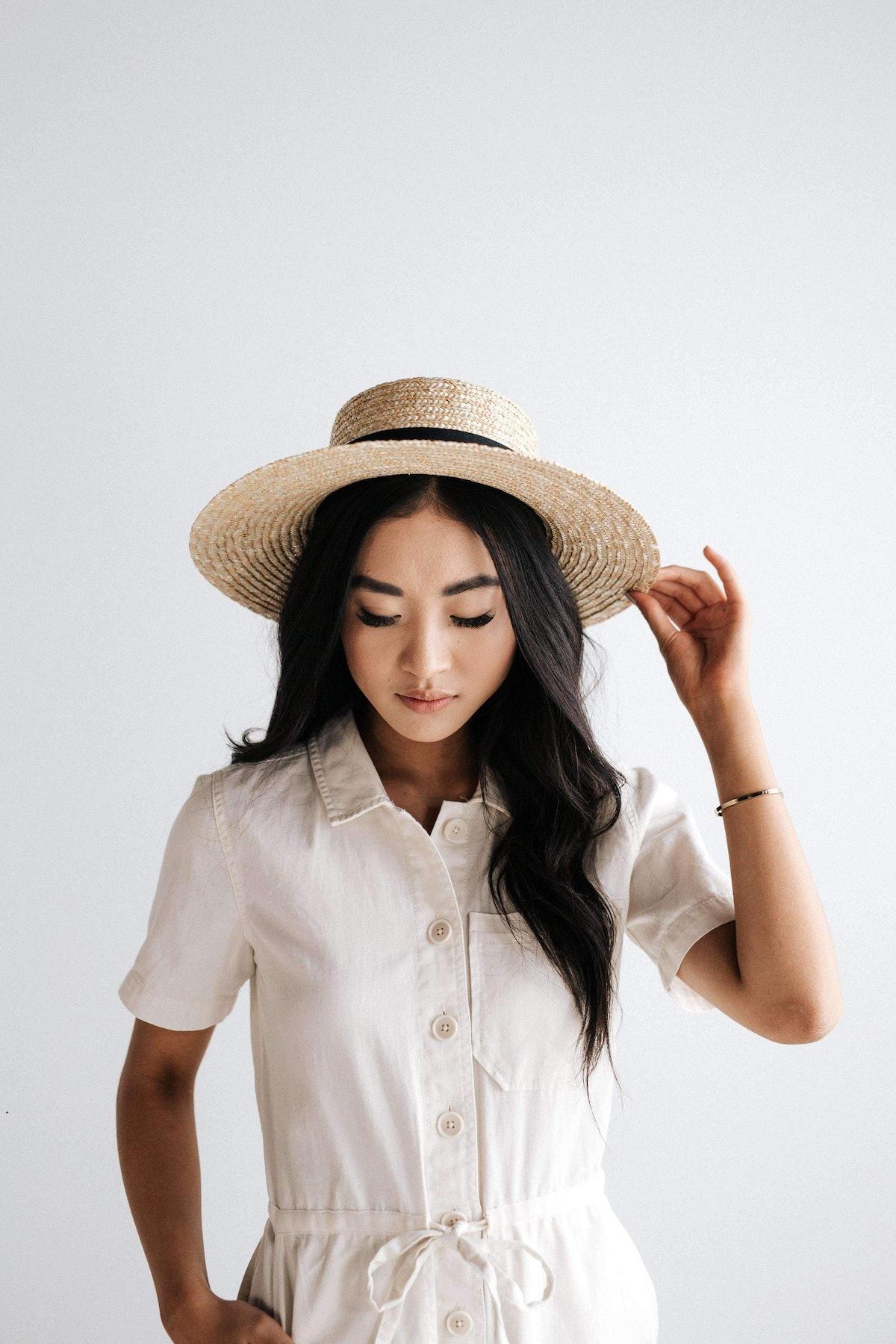 Faye Medium Straw Boater In Natural