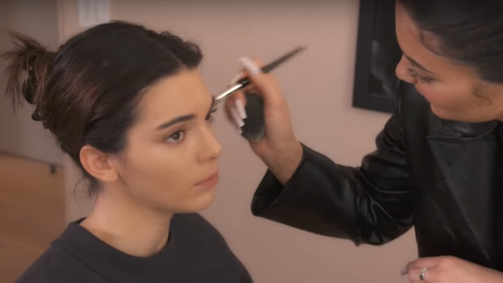Kylie Jenner Testing Makeup On Kendall Is Such A Sweet Moment