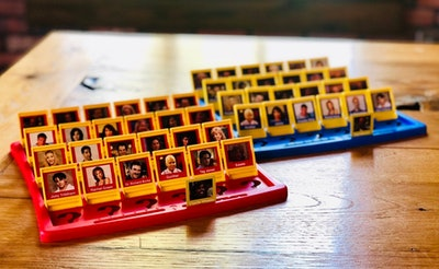 """""""Friends"""" Guess Who? Board Game (Full Set)"""