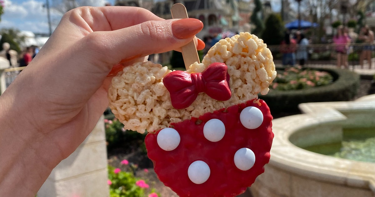This Disney IG Account Is The Ultimate Guide To All The Best New Food In The Parks