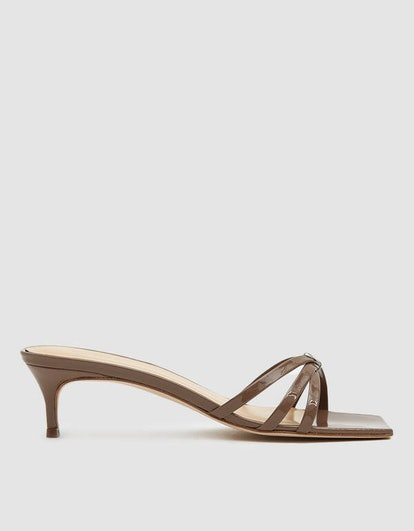 Libra Patent Leather Heel in Taupe
