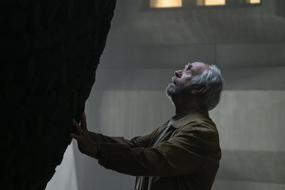 Jonathan Pryce in Tales from the Loop
