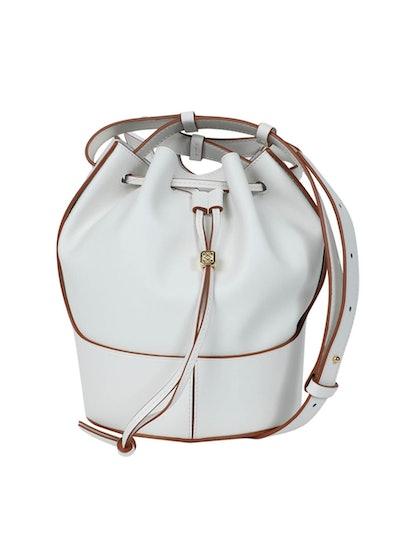Small Balloon Drawstring Shoulder Bag Soft White