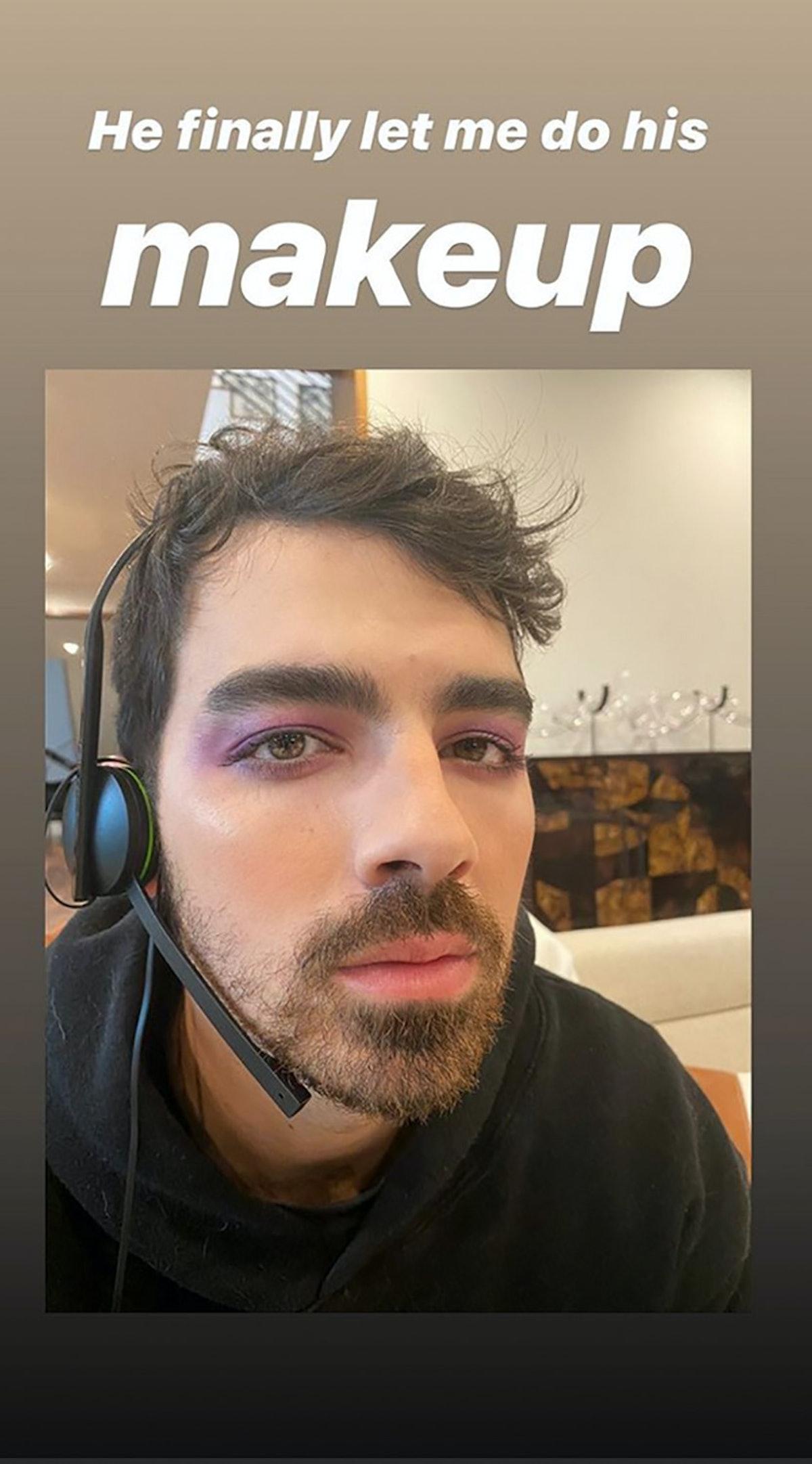 Sophie Turner did Joe Jonas' makeup and the photos are priceless.