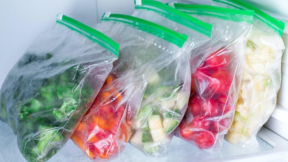 https://imgix.bustle.com/uploads/image/2020/4/13/28a1dd56-28a5-453d-a28c-4a50efb2478f-freezerbags.jpg?w=970&h=546&fit=crop&crop=faces&auto=format%2Ccompress&cs=srgb&q=70