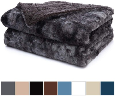 The Connecticut Home Company Luxury Faux Fur Blanket