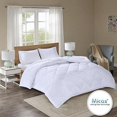 Comfort Spaces Cooling Fiber-Filled Down Alternative Comforter