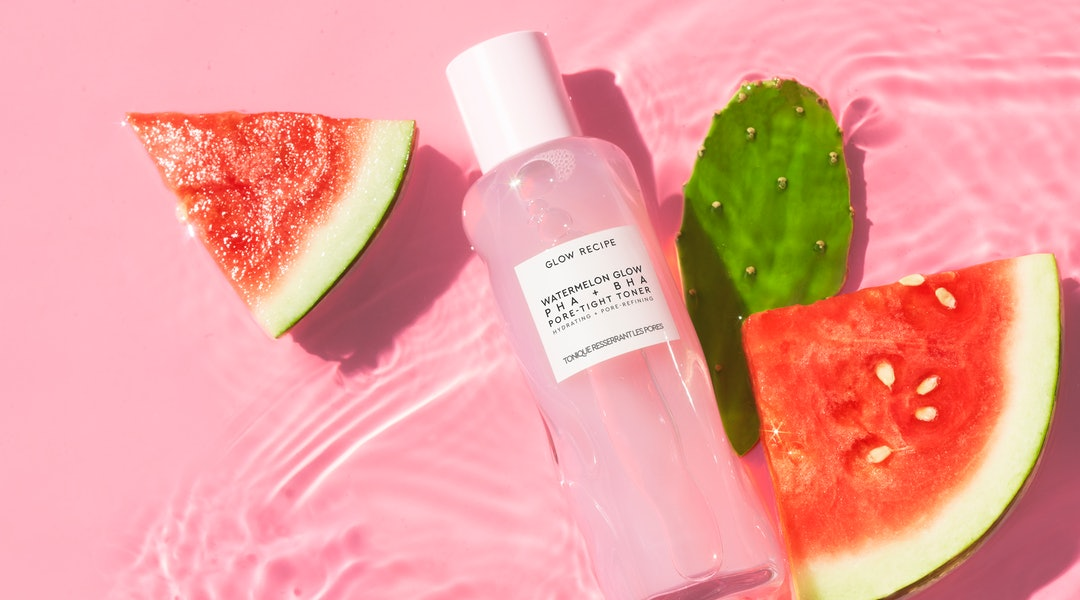 Glow Recipe's new PHA + BHA Pore-Tight Toner is the latest addition to the beloved Watermelon Glow range